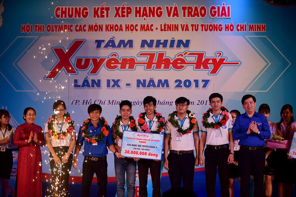 tam-nhin-xuyen-the-ky-79-1495118845