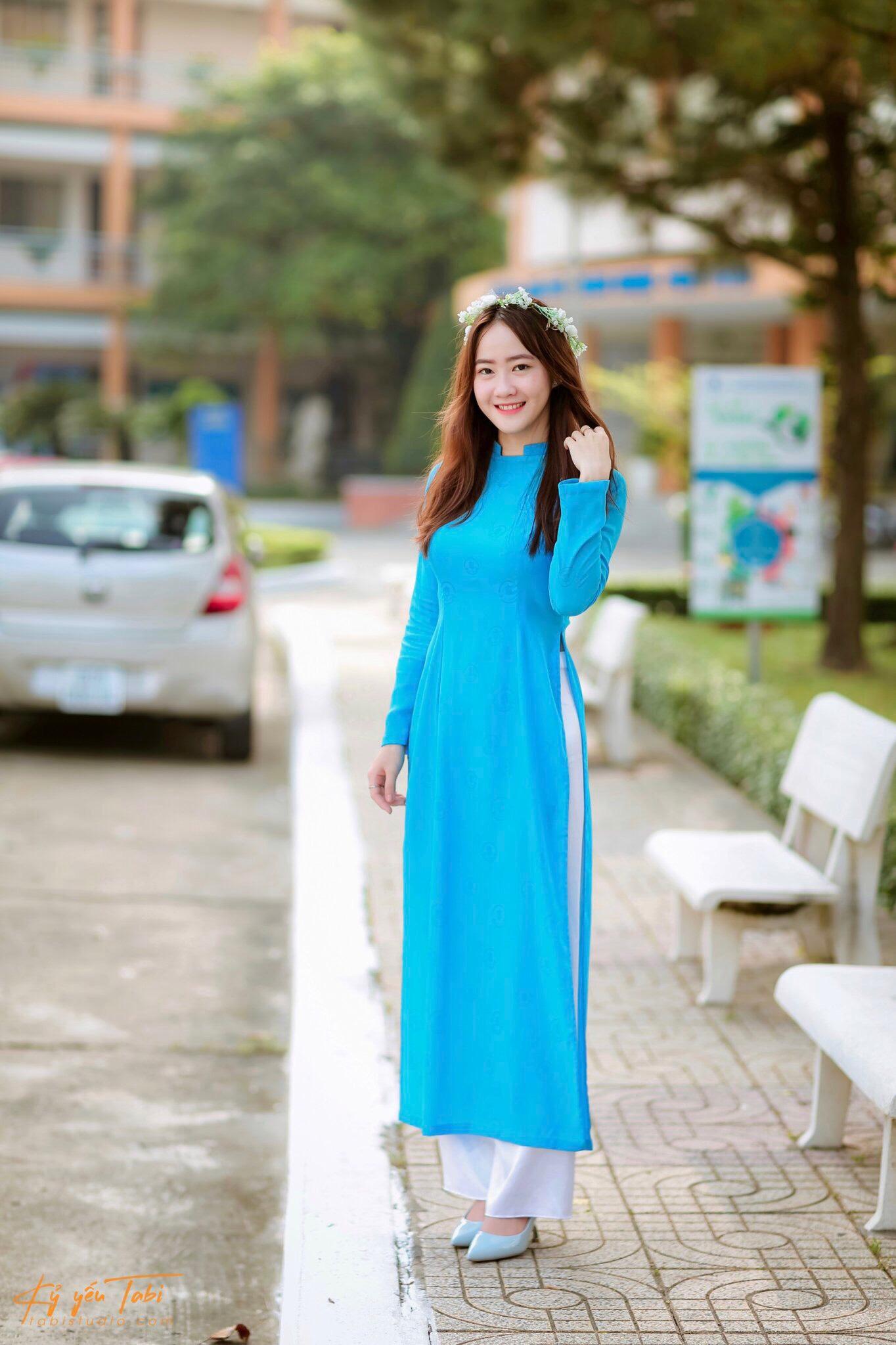 PHẠM THỊ MỸ NAY - cô gái Bình Định vừa hồng vừa chuyên: Phạm Thị Mỹ Nay là sinh viên đến từ lớp DH33NH01, Khoa Ngân Hàng.